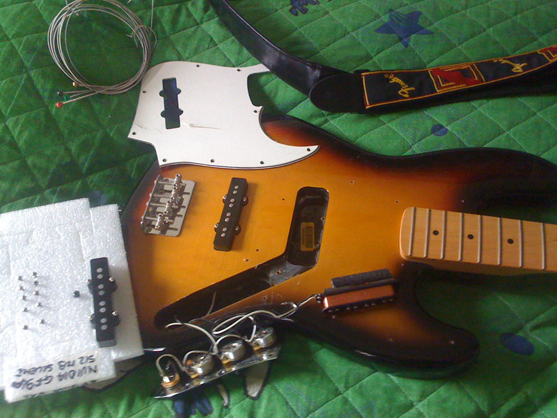 Schema Elettrico Jazz Bass : Aguilar ag j hc string hum canceling jazz bass pickups set